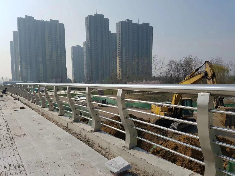 河南省201不锈钢复合管常年生产