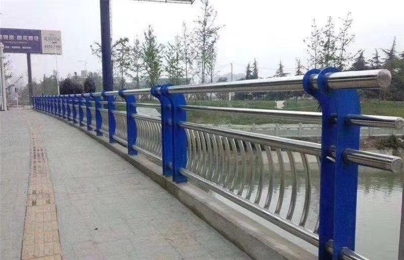 门头沟市政道路栏杆优质厂家