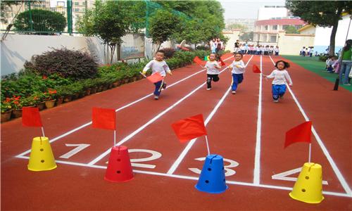 新浦公园小区塑胶地坪供应商