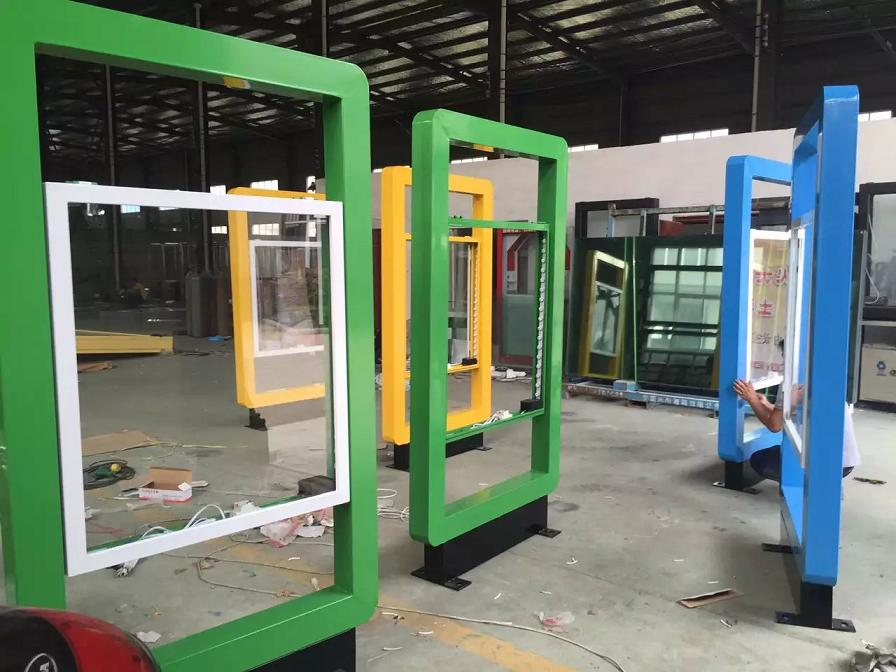 北京滚动灯箱生产立式滚动灯箱候车亭  制造商