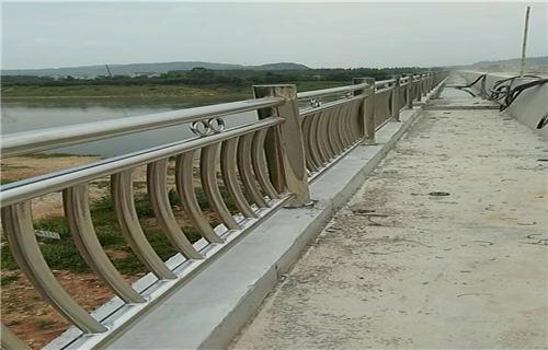 北京不锈钢复合管立柱