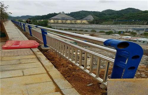 北京201不锈钢复合管护栏型号多