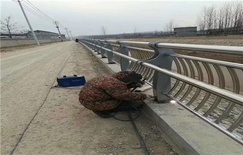 北京304不锈钢复合管护栏厂家地址
