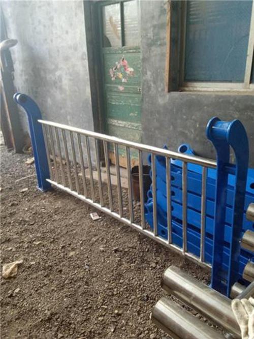 北京不锈钢桥梁景观护栏库存充足