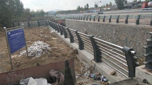 北京不锈钢复合管护栏厂准确报价