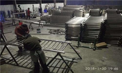 102*4不锈钢复合管朝阳鑫海达复合管厂