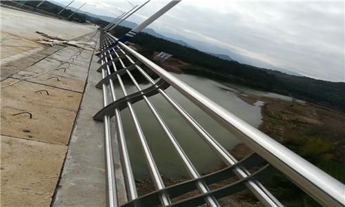 商丘201不锈钢复合管桥梁护栏厂家