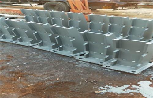 北京Q235钢板立柱型号齐全