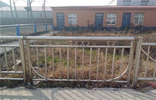 北京201不锈钢复合管护栏批发厂商