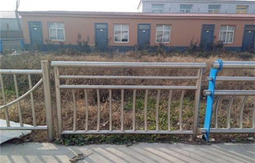 北京不锈钢道路护栏声名远扬