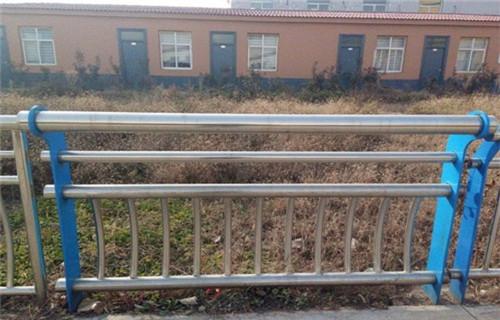 北京不锈钢复合管道路护栏
