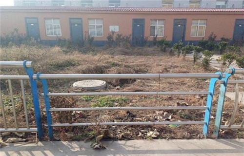 北京防护栏立柱发货