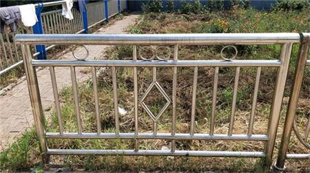 北京不锈钢复合管护栏实体工厂