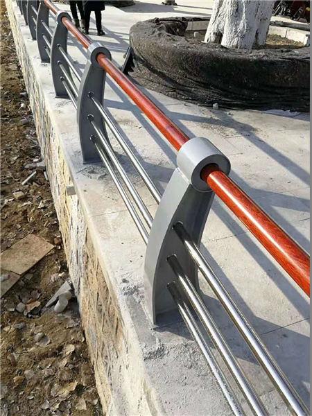 北京不锈钢复合管桥梁防撞护栏咨询可以免费拿样
