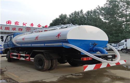 北京东风牌吸粪车大量