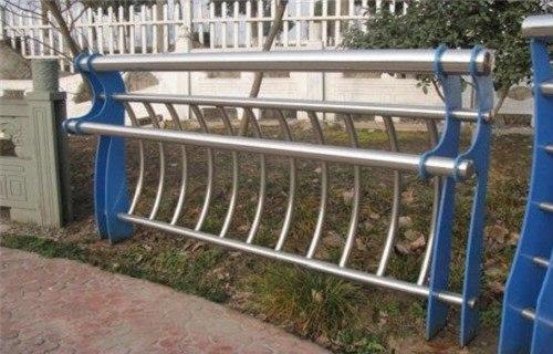 2020六安防撞公路护栏安装简单