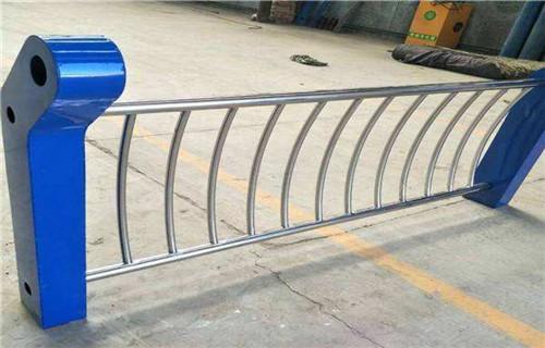 北京桥梁不锈钢复合管护栏价格合理