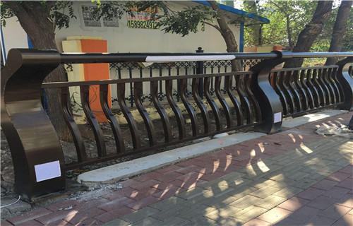 北京碳钢木纹转印护栏容易清洗