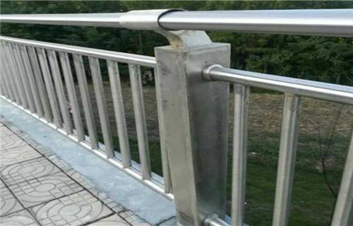 朝阳201不锈钢复合管护栏哪里好