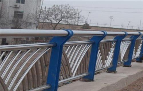 朝阳双金属桥梁护栏哪里好