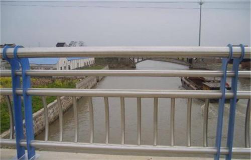 克拉玛依桥梁护栏立柱配件种类齐全