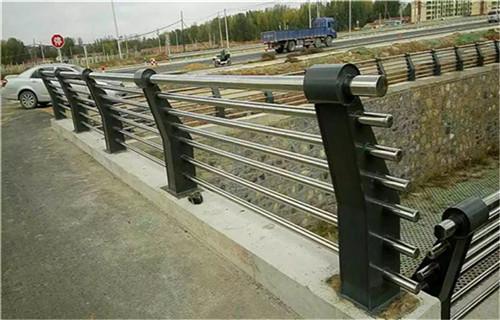 北京河道防撞隔离栏设计安装