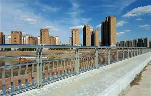 海西不锈钢防撞栏杆品质保障
