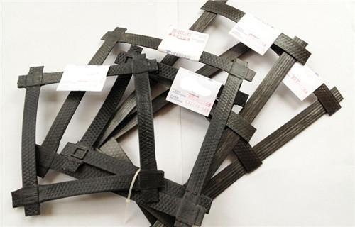 徐州双向钢塑格栅钢丝加筋达标产品