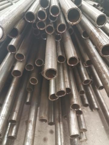 萍乡江泰精密钢管厂大口径厚壁管定尺切割